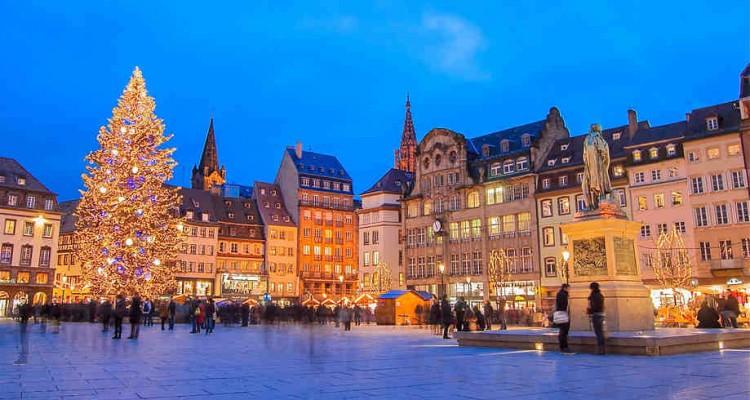 Jeu de la ville - Page 4 Strasbourg-marche-noel-750x400