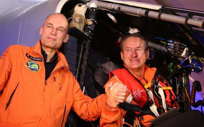 L'avion Solar Impulse 2 Tour-du-monde-solar-impulse-a-decolle-d-abou-dhabi_2282491_660x412