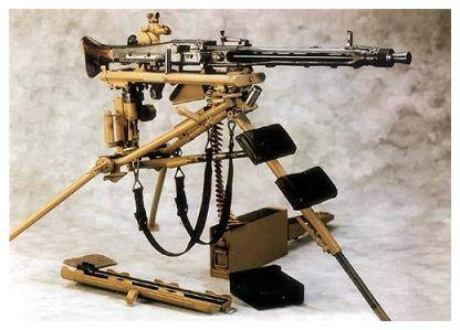 أسلحة الحرب العالمية الثانية 20060723160521216