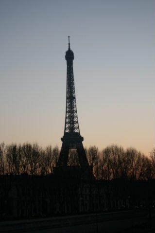 Что не надо делать в Париже 1303279691_x_f340dee8