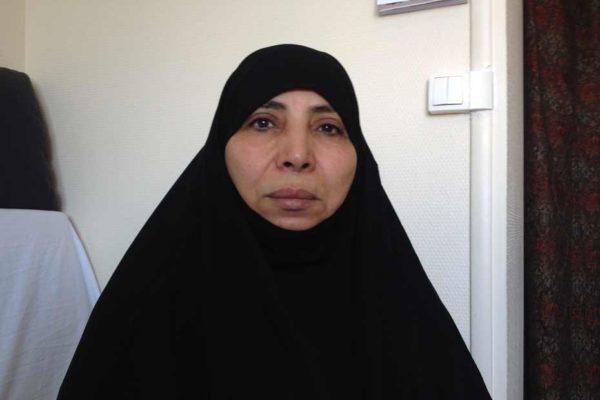 Madame Mehra,bien logée.......... Zoulikha-Merah-ma-fille-n-est-pas-folle-pour-aller-en-Syrie-600x400-600x400