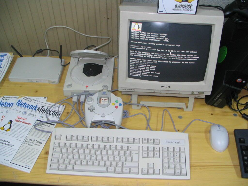Dreamcast - Transforme o Dreamcast em um mini pc simples com linux Mh06