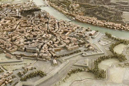 Histoire : France en relief Maquettes-1116809