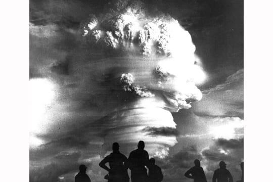 Histoire : Premiers essais nucléaires Essais-atmospheriques-1097294