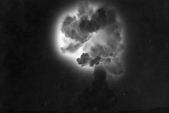 Histoire : Premiers essais nucléaires Ionisation-1097228