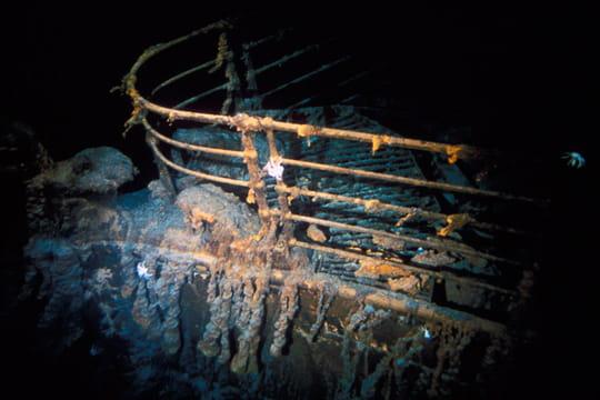 Cent ans plus tard : L'épave du Titanic Plusieurs-autres-expeditions-1197362