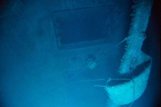 Cent ans plus tard : L'épave du Titanic Vigie-titanic-1197231