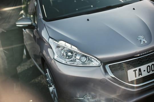 Auto, Citadine : Nouvelle Peugeot 208 Face-avant-1036147
