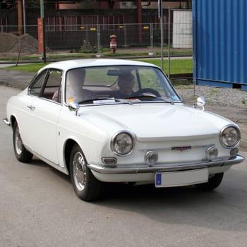 Autos : Ces constructeurs automobiles disparus Simca-1035921