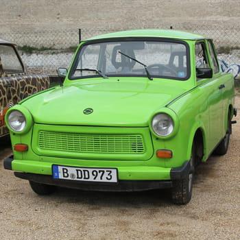 Autos : Ces constructeurs automobiles disparus Trabant-1035621