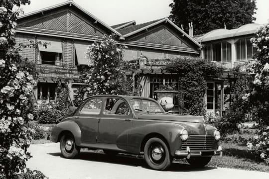 Auto : Les nouvelles voitures d'antan Peugeot-203-1949-880970