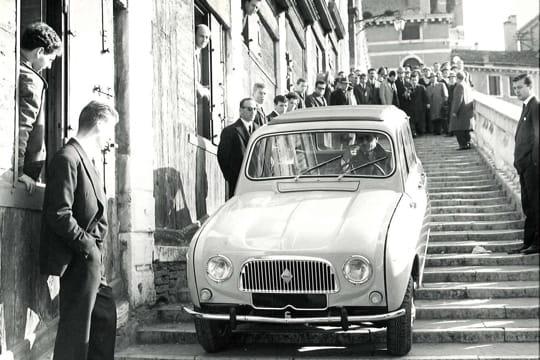 Auto : Les nouvelles voitures d'antan Renault-4-881138