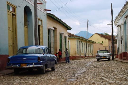 Auto : Les plus belles photos d'automobile des Internautes Atmosphere-cubaine-1027947