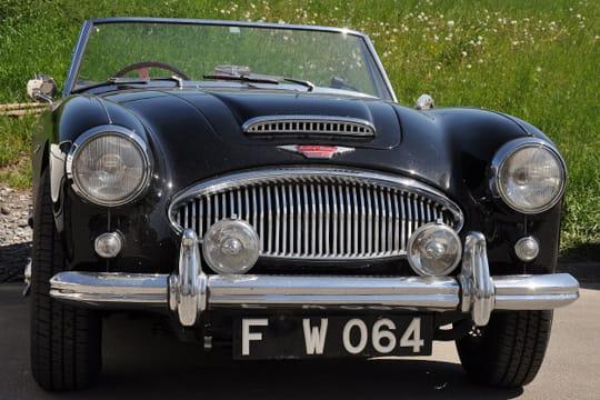 Auto : Les plus belles photos d'automobile des Internautes Charme-anglais-d-une-austin-healey-1028074