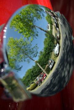 Auto : Les plus belles photos d'automobile des Internautes Miroir-miroir-1028126