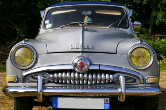 Auto : Les plus belles photos d'automobile des Internautes Rondeurs-d-une-simca-1028003