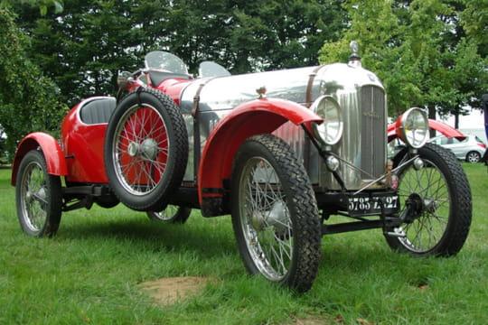 Auto : Les plus belles photos d'automobile des Internautes Venerable-ancienne-1027750