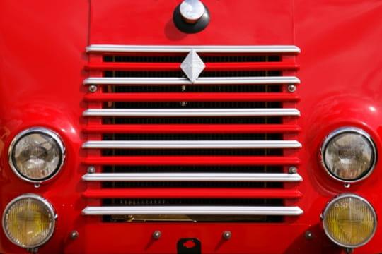 Auto : Les plus belles photos d'automobile des Internautes Yeux-feux-1027549
