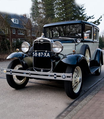 Auto : Les voitures des gangsters Ford-v8-bonnie-and-clyde-1042163