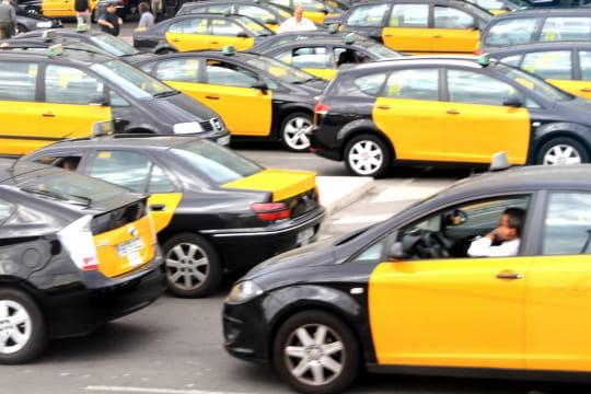 Auto : Tour du monde des taxis Espagne-910329