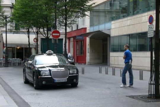 Auto : Tour du monde des taxis France-910392