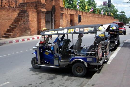 Auto : Tour du monde des taxis Thailande-910066