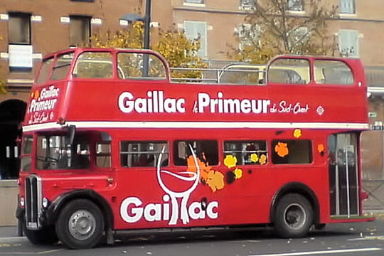 Auto : Voitures insolites Bus-886173