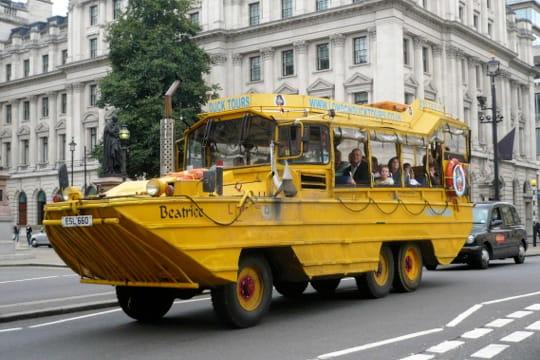 Auto : Voitures insolites Yellow-submarine-886584