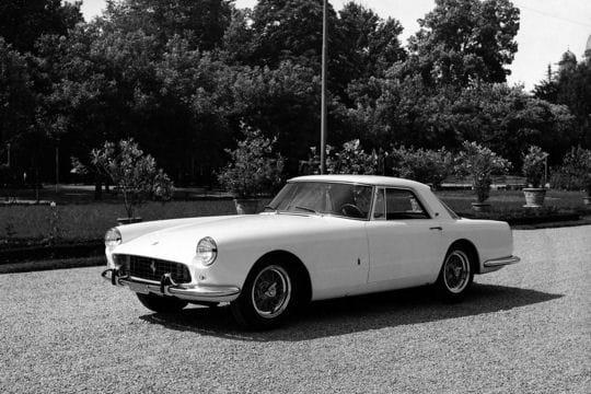Auto & Voiture de collection : La saga Ferrari Ferrari-250-gt-coupe-859110
