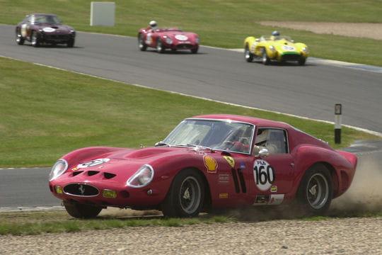 Auto & Voiture de collection : La saga Ferrari Ferrari-250-gto-859117
