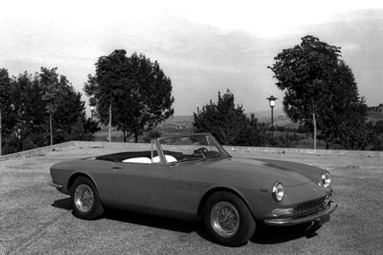 Auto & Voiture de collection : La saga Ferrari Ferrari-275-gts-857287