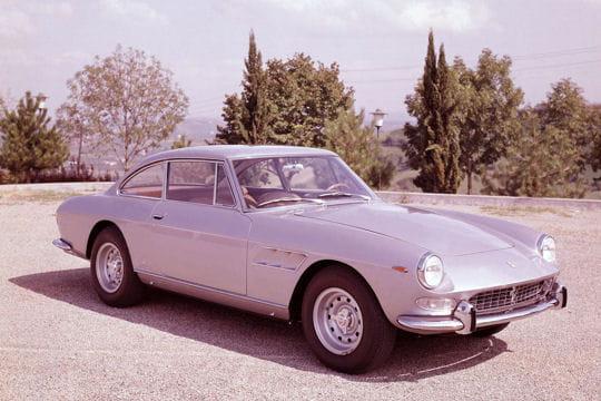 Auto & Voiture de collection : La saga Ferrari Ferrari-330-gt-2-2-857292