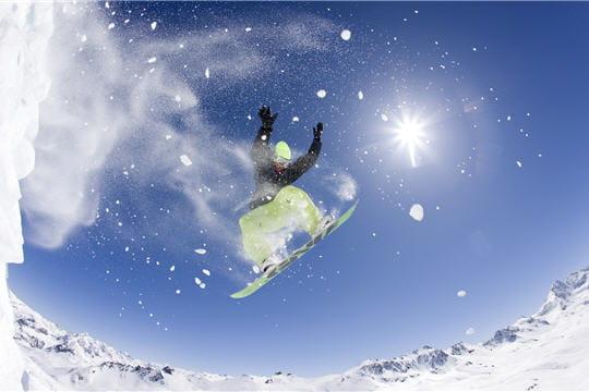 HighTech : Télécharger fonds ecran HD Fond-ecran-snowboard-882123
