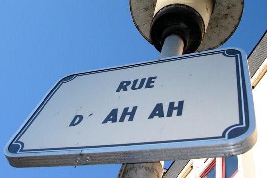 Insolite > Magazine > Noms de rues Qu-est-ce-qu-on-s-marre-667305