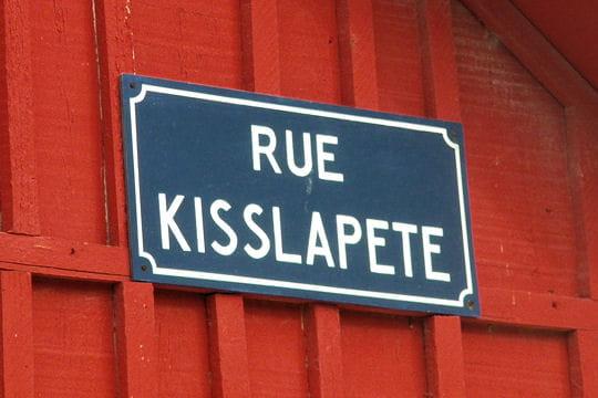 Insolite > Magazine > Noms de rues Rue-qui-s-la-pete-667321
