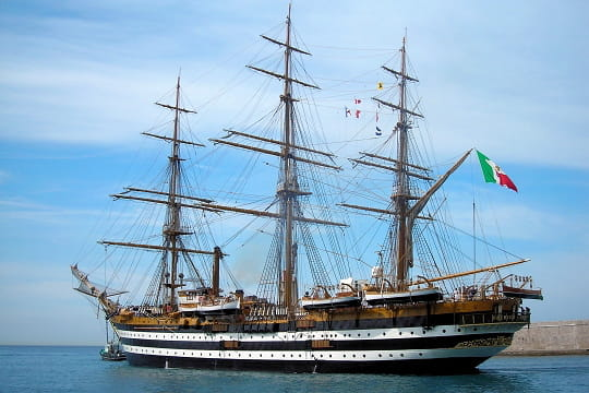 bateau du monde L-amerigo-vespucci-495570