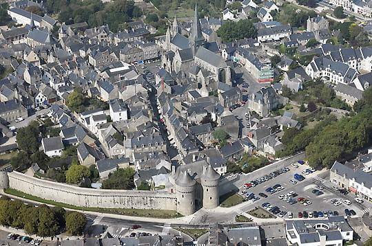 Par ordre alphabétique, des villes et des villages . - Page 6 Guerande-245659