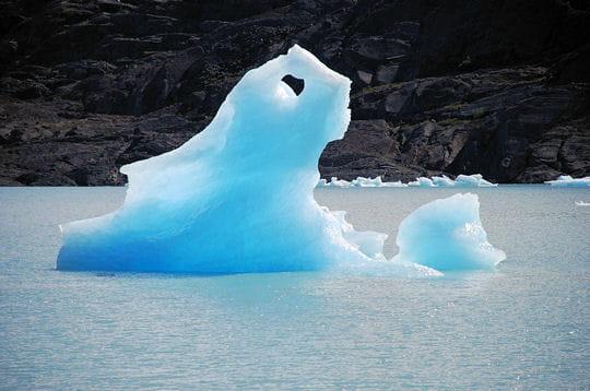 Une mystérieuse pluie de blocs de glace frappe un village chinois Morceaux-glace-409169