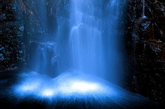أجمل صور لطبيعة غاضبة Rafraichissantes-cascades-247618