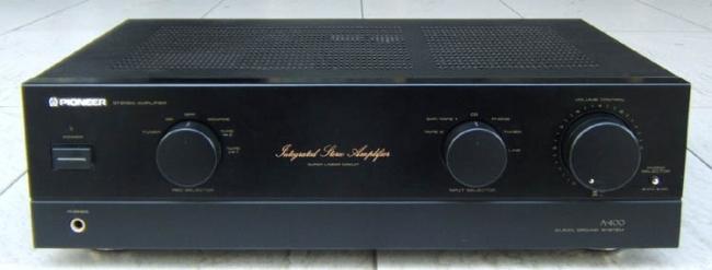 Qual o melhor amplificador.  Pioneer-A-400-662-B