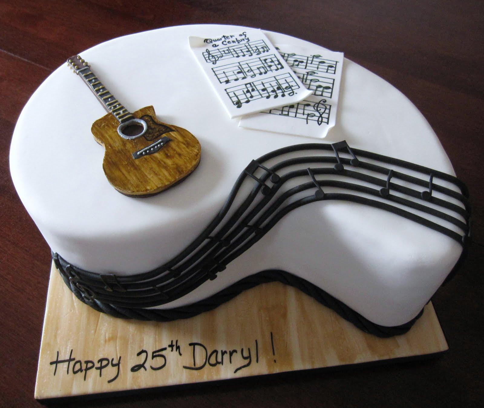 Feliz Cumple MaxodeX Guitar-Diaper-Cake