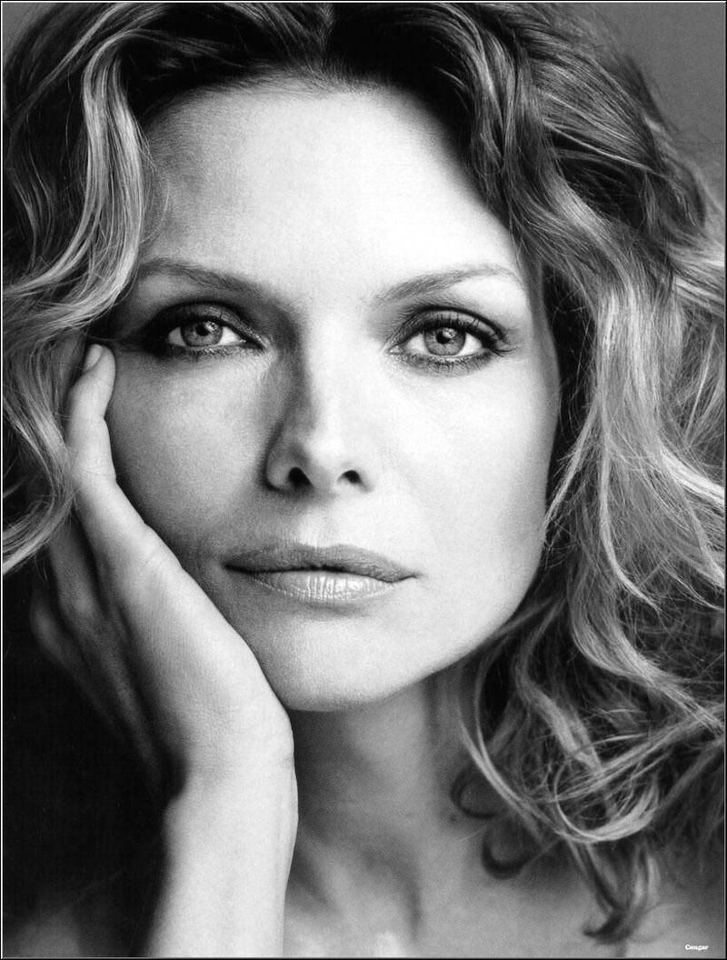 MICHELLE  PFEIFFER MichellePfeiffer02
