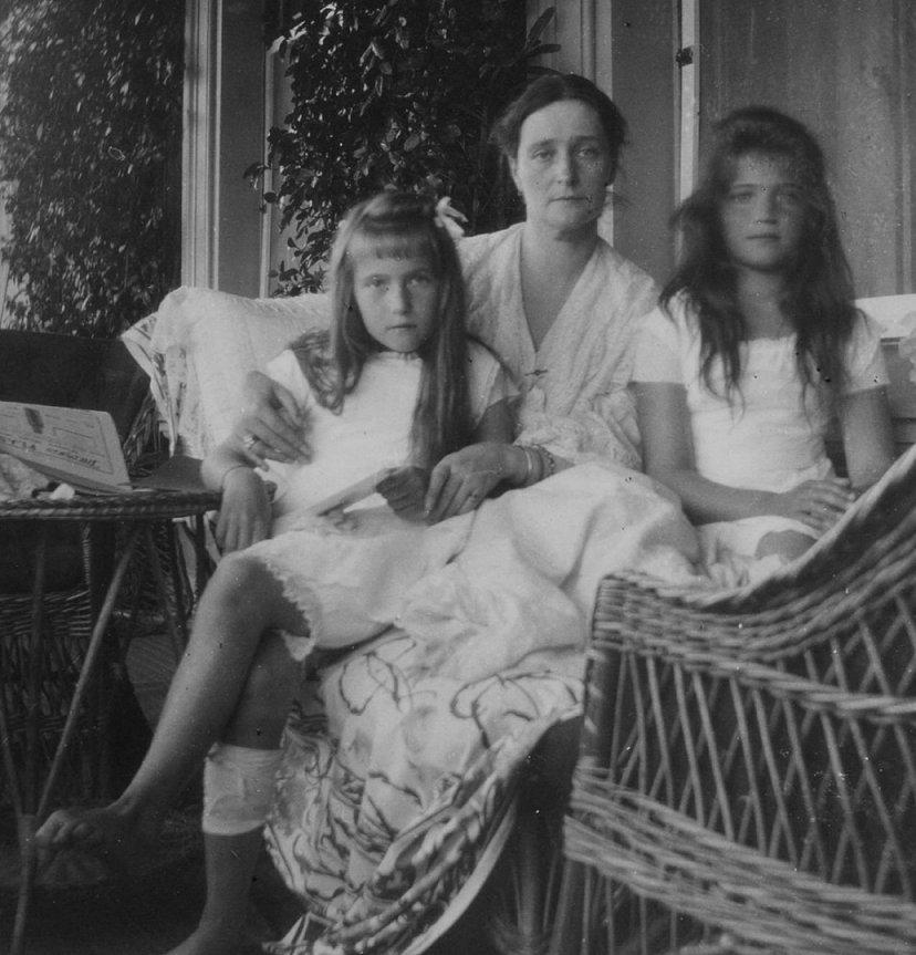 The Children of Nicholas II 9