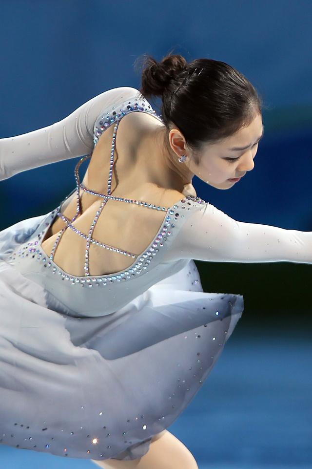 Юна Ким 28
