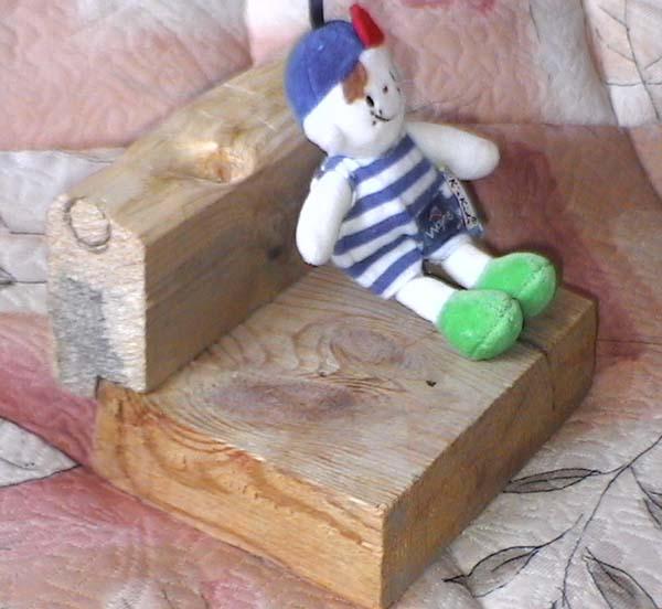 Мебель для кукол и не только Kreslo-011