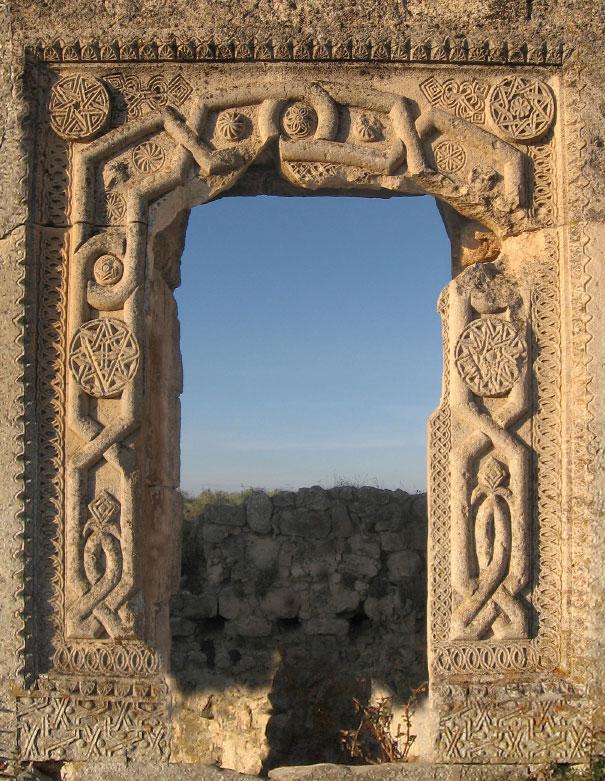 Артефакты и исторические памятники Mangup
