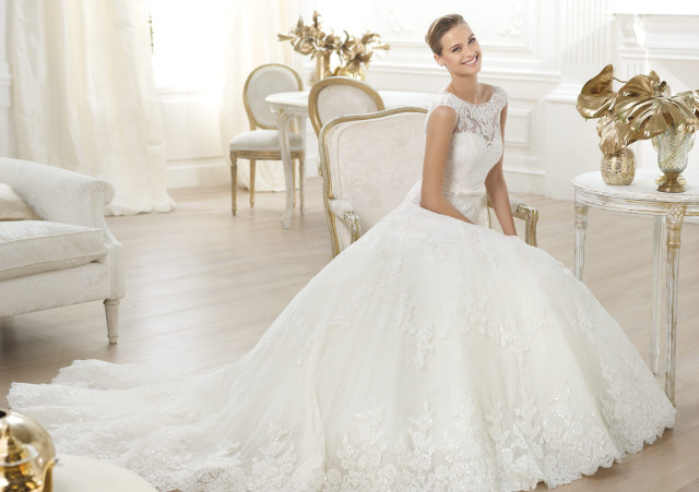 Vjenčanice - Page 33 Svadobn%C3%A9-%C5%A1aty-Pronovias_02-640x451
