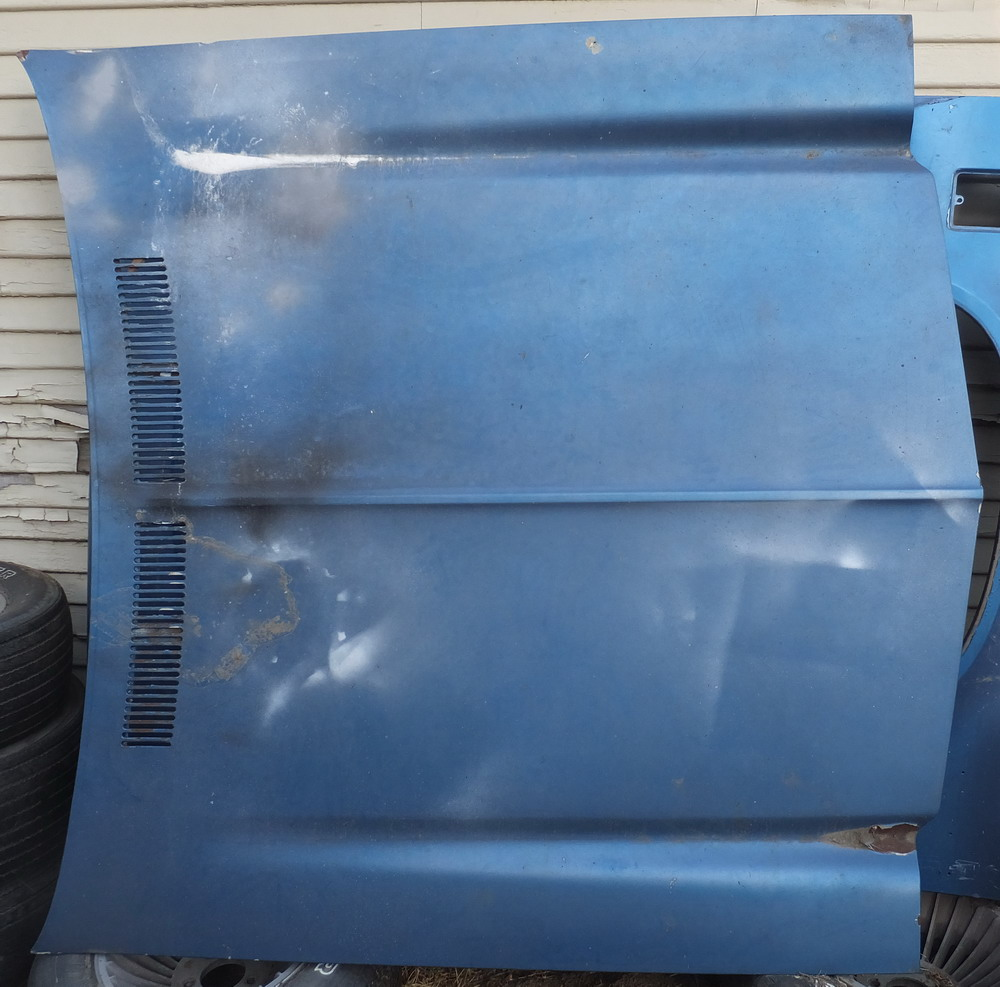 73 Chevy Malibu Parting out Hood