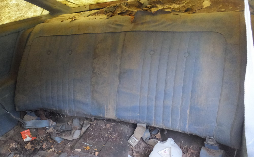 73 Chevy Malibu Parting out Rearseat2