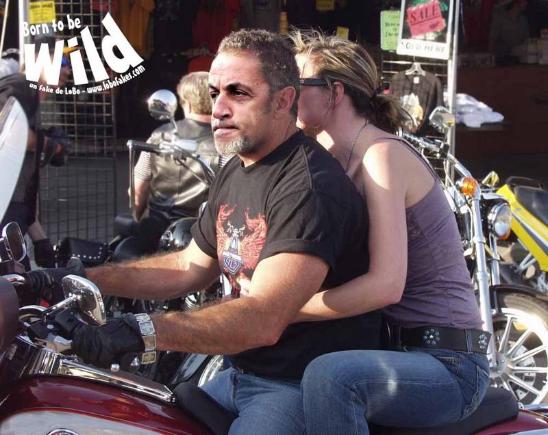Hey les coquines ! Nouveau motard .. Sarkozy_moto_biker_2_lobo_lobofakes